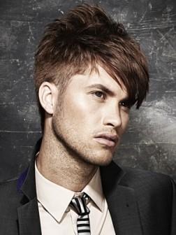 trendy short hairstyle for men