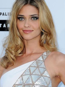 celebrity_medium_length_curly_hairstyles_for_women13