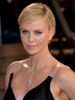hairstyles-charlize-theron-beauty-allaboutyou