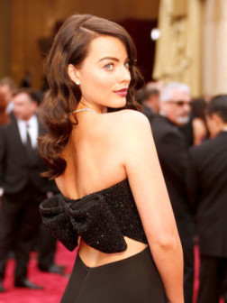 hairstyles-margot-robbie-beauty-allaboutyou