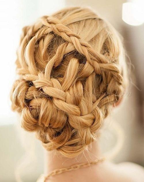 braided wedding hairstyle 2022