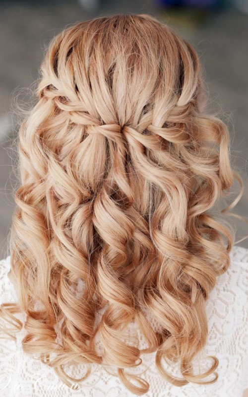 curly waterfall braid hairstyle 2022