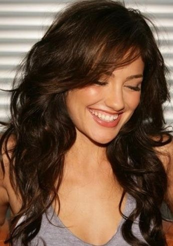 long wavy hair with side swept bangs 2022