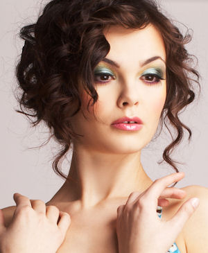 loose curly updo hairstyle 2016