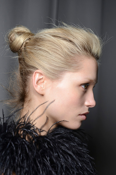 messy knot hairstyle for winter 2016
