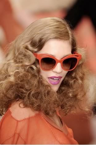 runway retro curls 2016