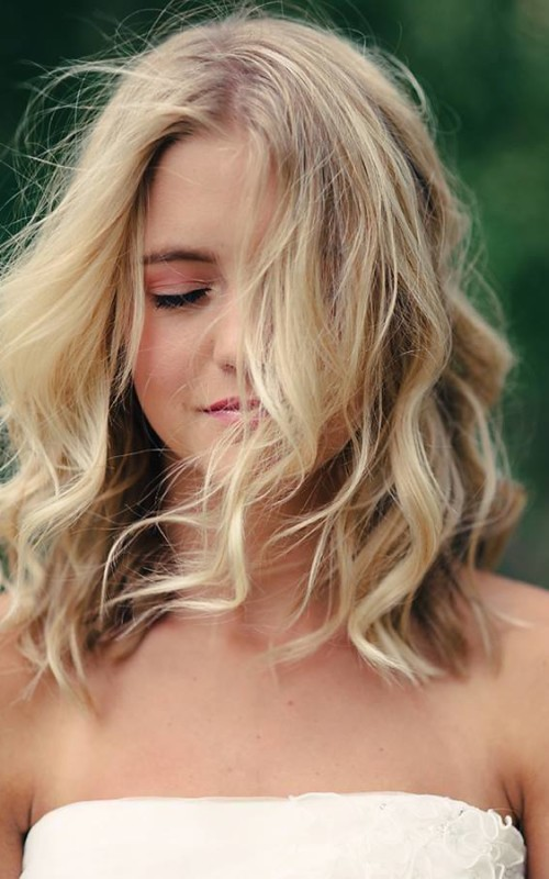 medium loose waves hair 2022
