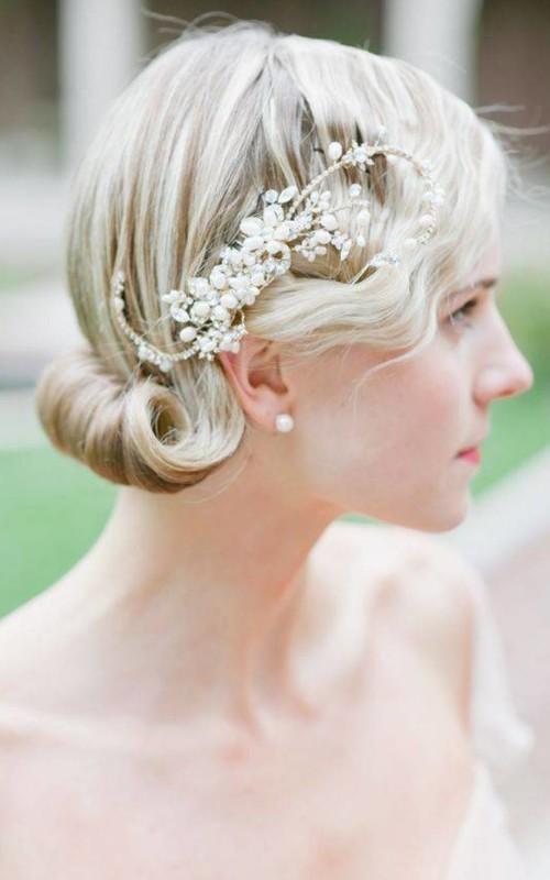 medium wedding hairstyle 2022
