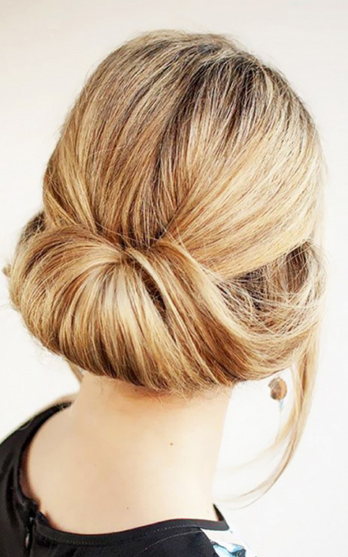 tuck bun for medium hair 2022