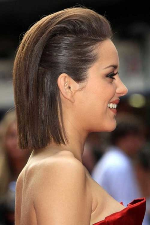 medium straight slicked back hairstyle 2022