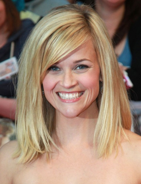 reese witherspoon hairstyles with bangs 2016