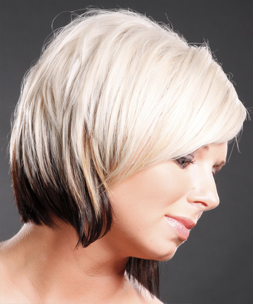 short haircut with two tone color 2022