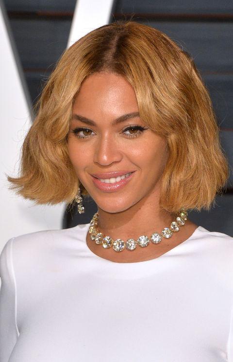 Beyonce Wellenförmige Caramel Bob