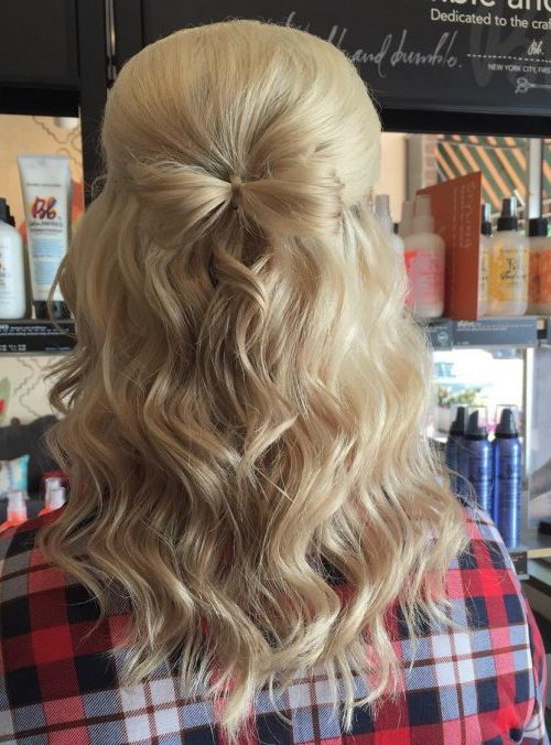 Little Blonde Bow